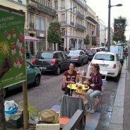[Paris-Normandie] Les jeunes écologistes investissent les places de stationnement de la rue Jeanne-d'Arc